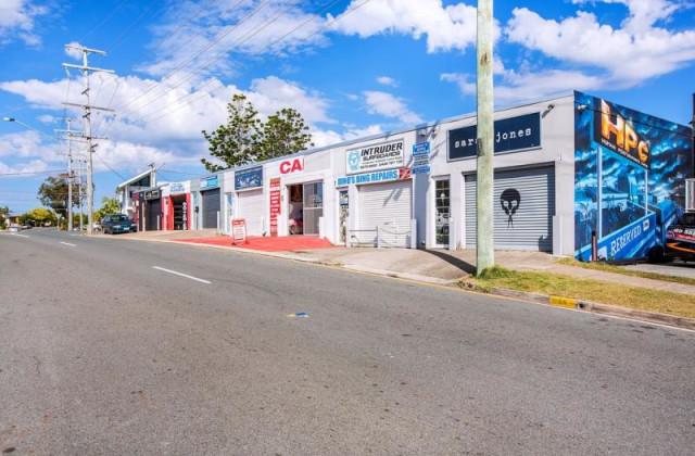 43 Hillcrest Parade, MIAMI QLD, 4220