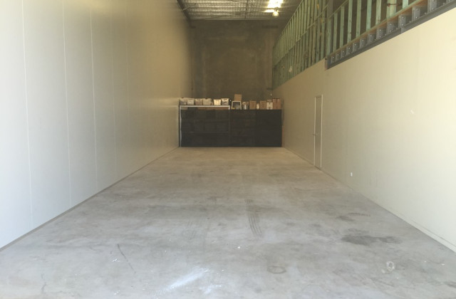 15/17 Cairns Street, LOGANHOLME QLD, 4129
