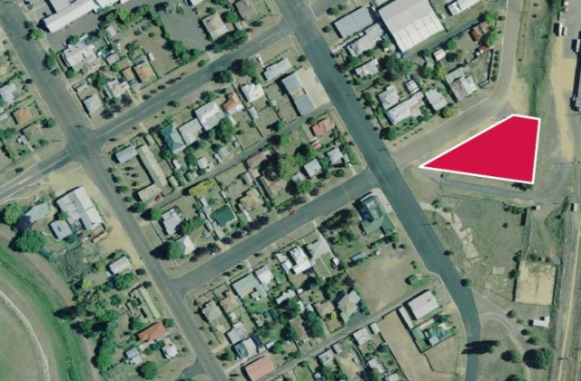 2 Short Street, COOMA NSW, 2630