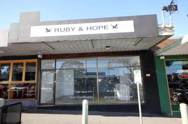 130 Canterbury Road, HEATHMONT VIC, 3135