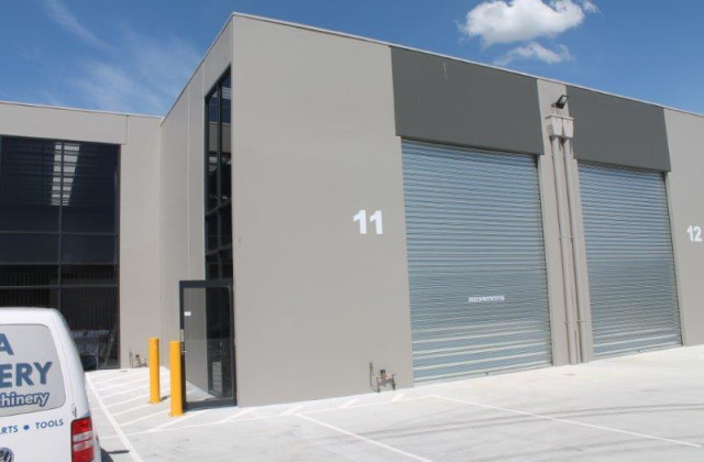 Warehouse 11/23-25 Sharnet Circuit, PAKENHAM VIC, 3810