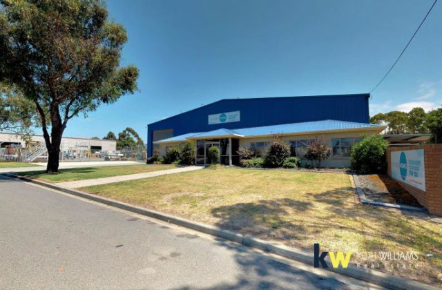 33-35 Standing Drive, TRARALGON VIC, 3844