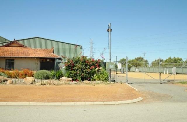 2 Gallant Court, MIDVALE WA, 6056