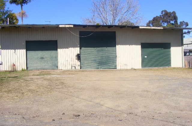 1/10 Commerce LANE, TAREE NSW, 2430