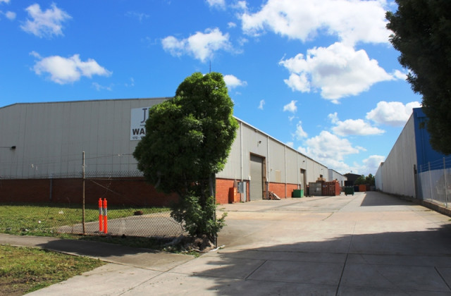 172-176 Barry Road, CAMPBELLFIELD VIC, 3061