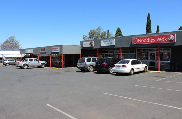 Shop 4/255B Herries Street, NEWTOWN QLD, 4350