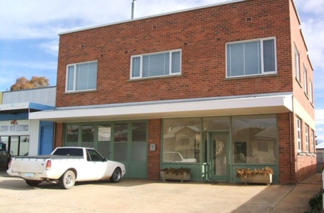 29 Bradley Street, COOMA NSW, 2630