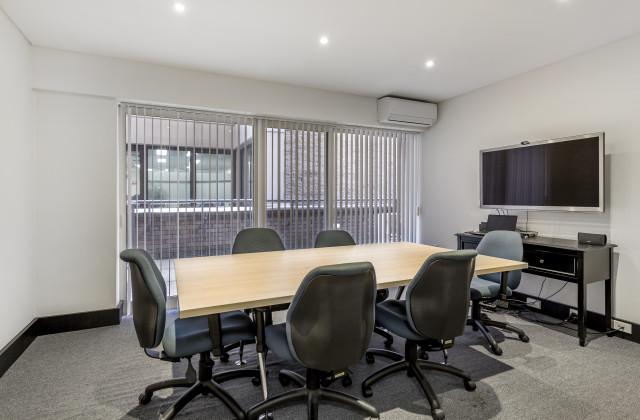 LOT Suite 204 / 121 Walker Street, NORTH SYDNEY NSW, 2060