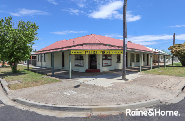 82-84a Piper Street, BATHURST NSW, 2795