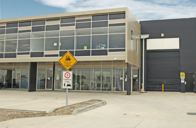 18 Corporate Boulevard, BAYSWATER VIC, 3153