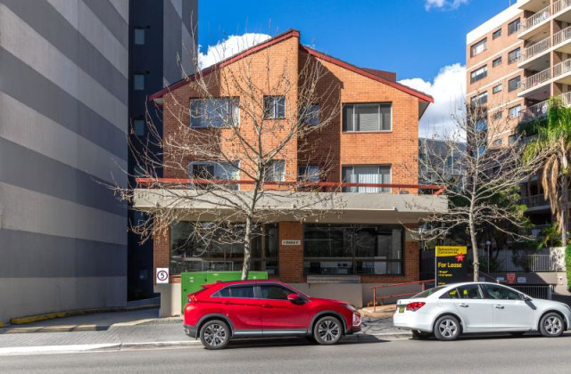 3/4 Charles Street, PARRAMATTA NSW, 2150
