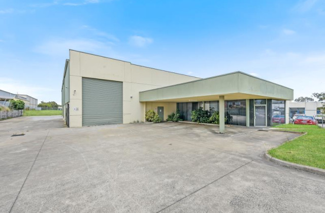 13-15 Apollo Drive, HALLAM VIC, 3803