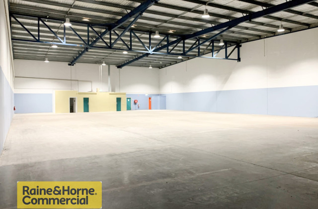 Warehouse C/2 Reliance Dr, TUGGERAH NSW, 2259