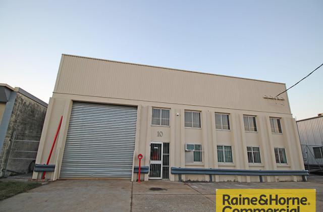10 Basalt Street, GEEBUNG QLD, 4034