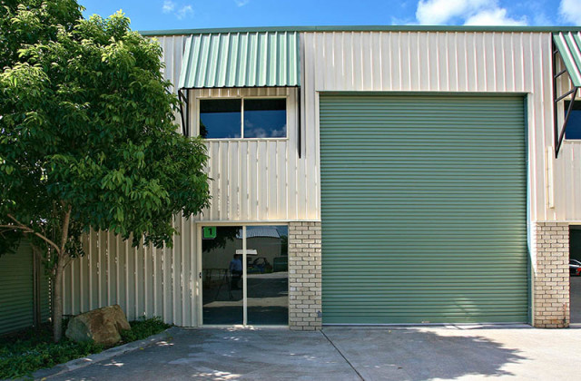 Unit 1/36 Centenary Place, LOGAN VILLAGE QLD, 4207