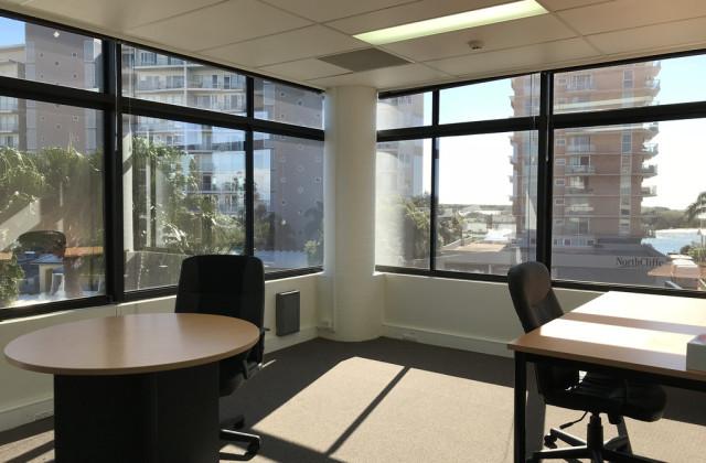 Suite 4/15/2-4 Ocean Street, MAROOCHYDORE QLD, 4558