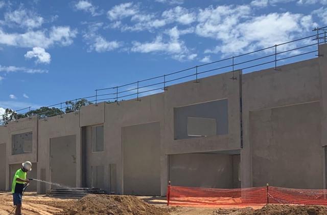 17/8 Distribution Court, ARUNDEL QLD, 4214