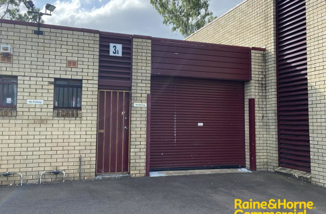 Unit 3A/4 Louise Avenue, INGLEBURN NSW, 2565