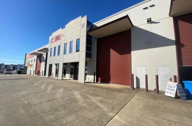 376-384 Newbridge Road, MOOREBANK NSW, 2170