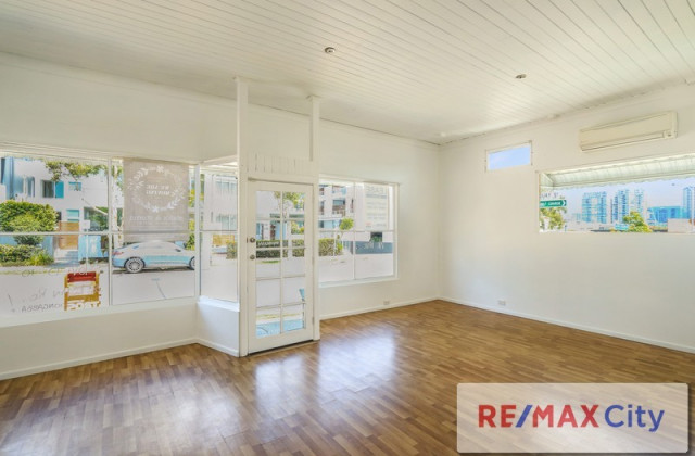 24 Oxford Street, BULIMBA QLD, 4171