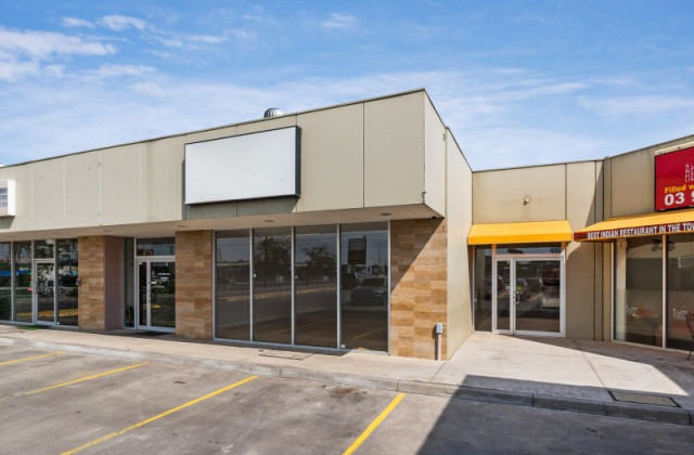 Shop 2/28-32 Gap Road, SUNBURY VIC, 3429