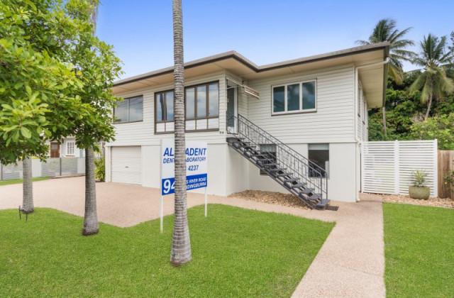 94 Ross River Road, MUNDINGBURRA QLD, 4812