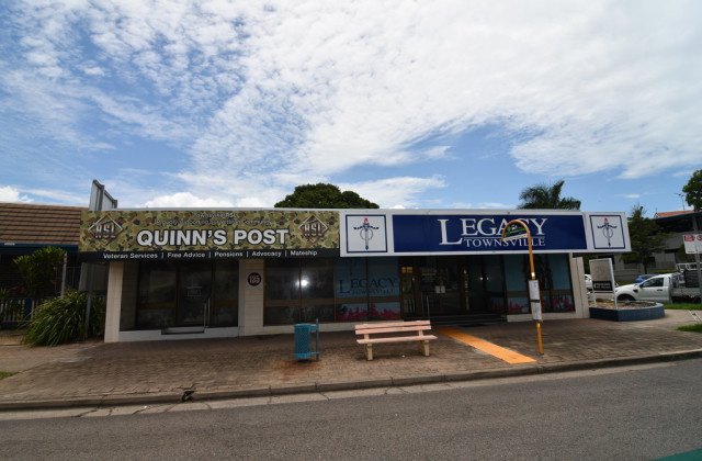 2/135 Charters Towers Road, HYDE PARK QLD, 4812