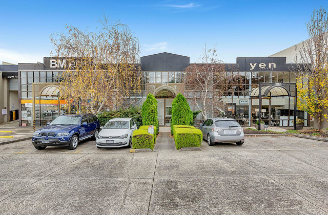 First Floor/295-297 Canterbury Road, CANTERBURY VIC, 3126