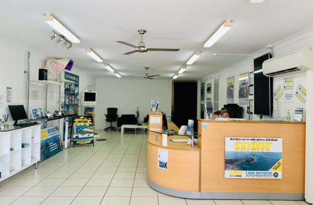 2/273 Shute Harbour Road, AIRLIE BEACH QLD, 4802