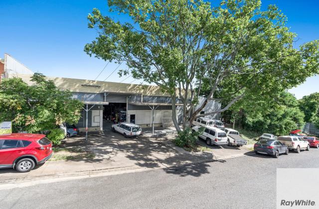 22 Kensal Street, MOOROOKA QLD, 4105