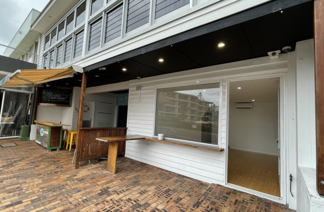 8 Seaview Terrace, MOFFAT BEACH QLD, 4551
