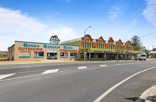 1 Thallon Street, CROWS NEST QLD, 4355