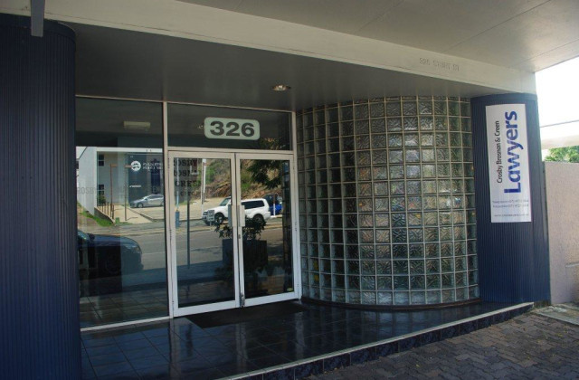 326 Sturt Street, TOWNSVILLE CITY QLD, 4810