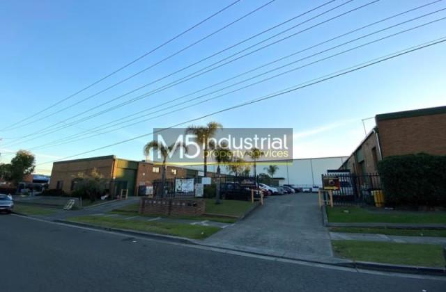 Unit 5/1 Field Close, MOOREBANK NSW, 2170