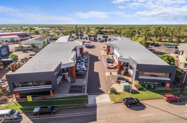 5 McCourt Road - Offices/Showrooms, YARRAWONGA NT, 0830
